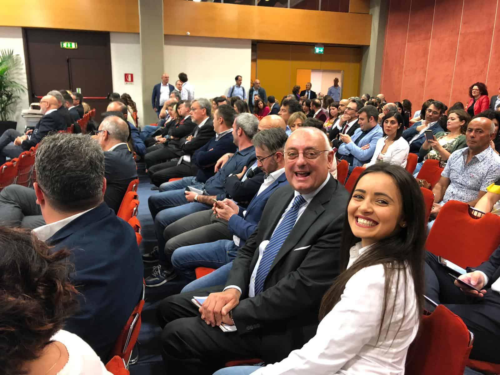 FIS, a Catania cerimonia di consegna dei diplomi per 130 nuovi ambasciatori di cultura e territorio | Sicilia da Gustare
