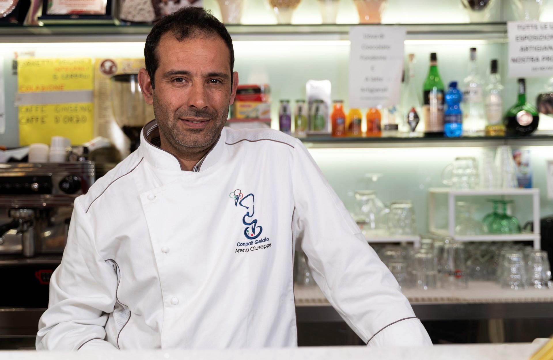 Il gelatiere messinese Arena finalista a Mandorla d'Autore | Sicilia a Gustare