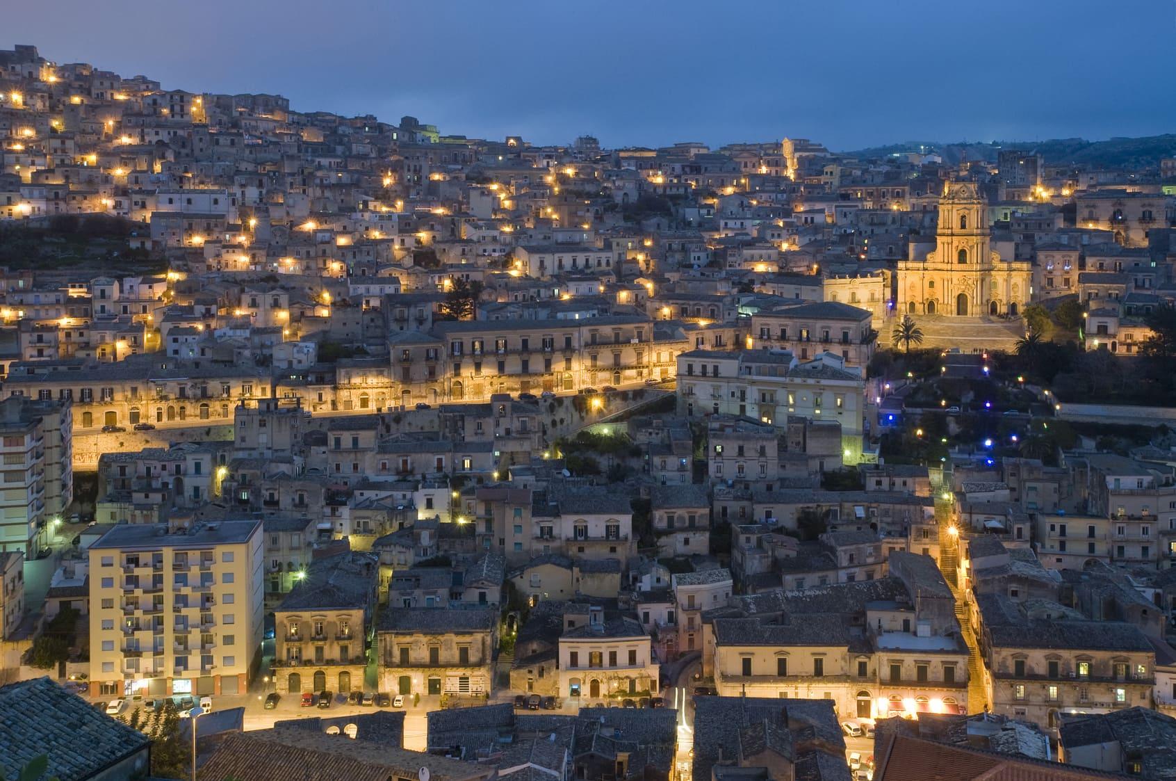 Coro di protesta degli imprenditori Ho.Re.Ca di Ragusa | Sicilia da Gustare