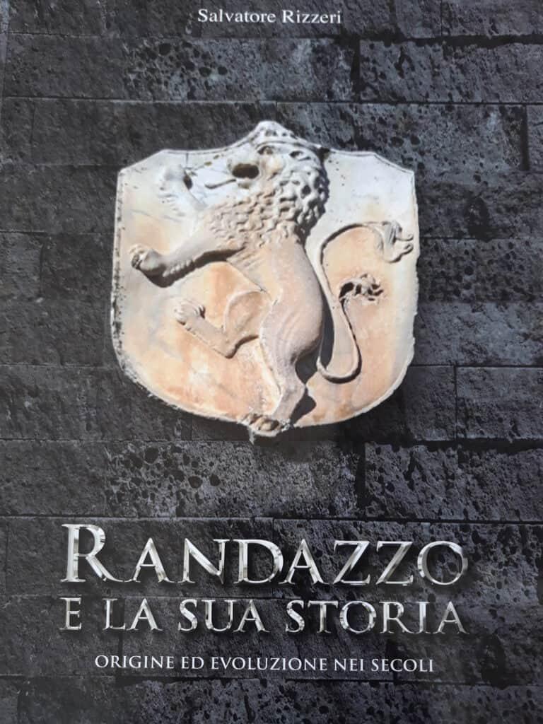 libro alla scoperta di Randazz