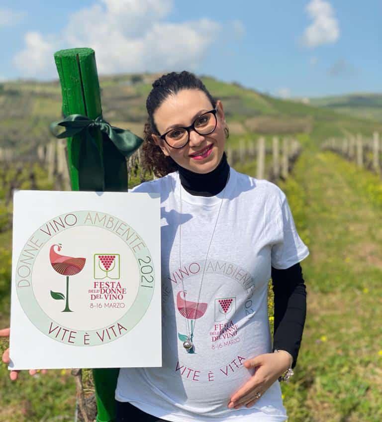 Catia_Vaccaro_in_dolce_attesa_Vini_Vaccaro-Sicilia